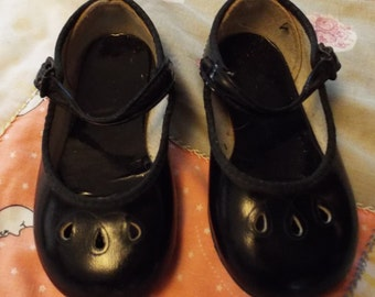 Vintage Black Patent Leather Mary Jane Shoes for Baby Girl sz 2