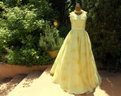 Vintage 70's Sunshine Yellow Gown . Romantic Retro 50's Floral Chiffon Formal . Wedding Boutique . Radiant Golden Girl Prom Dress . Romantic