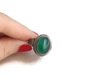 Vintage Sterling Silver & Green Agate Stone Statement Ring