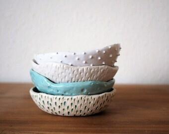 Modern Minimalist Ceramic Bowls Textured Ceramics Ring Dish Ceramic Bowl~White Ceramic Dish Unique Gift Pottery Jewellery Dish Ceramic Plate