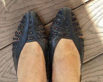 Navy Blue Woven Leather Huarache Flats Sandals, Sz 7 B