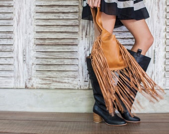 BOHO FALL. Fringe leather bag / leather wristlet clutch / leather purse / leather pouch / small purse. Available in different leather colors
