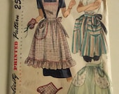 Vintage Simplicity Pattern 2295 Misses Apron including Mitten  One Size Factory Fold
