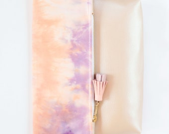 Dyed cotton clutch bag. Fold over clutch. Leather handbag. Statement purse. Hand colored. Simple daily purse. Nude handbag. /MIA 42