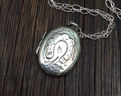 Small English Antique Edwardian  1904 Sterling Silver Locket Necklace, Horse Shoe and Ferns Locket , Good Luck