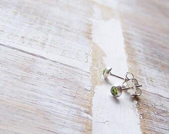 Rose Cut Peridot Gemstone Stud Earrings, Birthstone Earrings, Peridot Faceted Earrings