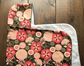 Flowery Delight Hooded Towel – Girl hooded towels, fabric hooded towel, hoodie towel, towels for baby toddler, fabric towel with piping