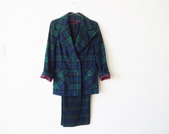 Vintage 1970s Pendleton Wool Suit in Blue, Black, and Green Campbell Tartan / Plaid - Small-Medium