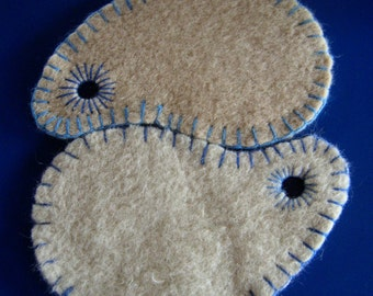 Potholder set, recycled Dutch blanket wool, Barbapapa shape Pot Holders, felted wool ovenglove, YinYang pot holder, offwhite beige, upcycled