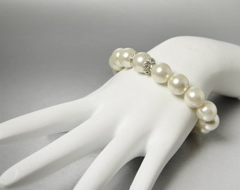 Ivory Pearl Stretch Bracelet, Silver Gray Pearl Bracelet, Bridesmaid Bracelet, Bridesmaids Gift, Chunky Pearl Bracelet, Maid of Honor Gift
