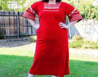 CLEARANCE FINAL SALE - Plus Size - Vintage Red Velvet Peasant Style Maxi Dress (Size 12/14)