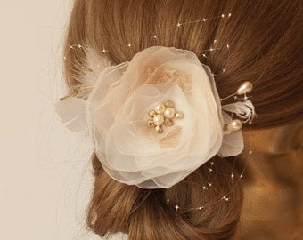 IVORY Champagne Flower with Veil Bridal hair piece, Ivory Wedding hair flower, Gold Bridal headpiece, Ivory flower headpiece, lace flower