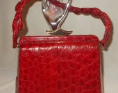 SORRY SOLD Please do not buy Stunning red vintage 1940's Vogue inc alligator /crocodile handbag perfect condition
