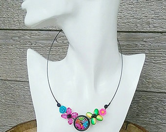 Colourful necklace, Tropical necklace, Girly necklace, Flower necklace, Pink necklace, Green necklace, black necklace, Lightweight necklace