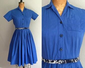 Vintage 1950s Shirtwaist Dress / 50s Blue Double Pocket Cotton Collar Belted Shirtwaist Button Full Sweep Mid Century Dress - Small Medium