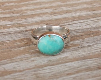 Natural Turquoise Ring. Sterling Silver Ring. Oval Turquoise Ring. Gemstone Ring. Turquoise Statement Ring. December Birthstone *custom made