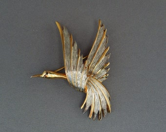 Vintage Flying Bird Brooch Pin, Flying Stork Crane Pin Silver & Gold Tone Brooch, Figural Pin, Estate Jewelry