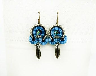 Blue beaded earrings, soutache blue earrings, blue dangle earrings, boho earrings, soutache jewelry, small blue earrings, blue jewelry