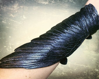 Crow wing - Hand tooled leather raven wing cuff bracelet / bracer - Black leather wing with silver shading - Exclusive jewerly for cosplay
