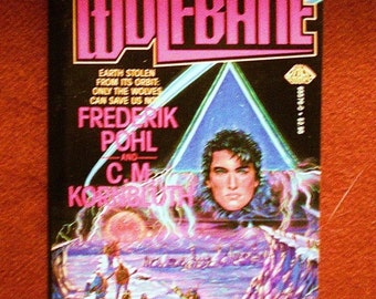 Wolfbane by Frederik Pohl & C M Kornbluth 1986, BAEN Vintage Science Fiction Adventure Paperback Book 1st Print