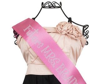 Future Mrs Sash, Pink Future Mrs Sash, Bachelorette Sash, Pink Bachelorette Sash, Pink Bride to Be Sash, Customizable Sash F2