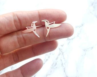 Hummingbird stud Earrings, origami bird earrings, bird earrings, hummingbird studs, bird stud, silver hummingbird, origami hummingbird