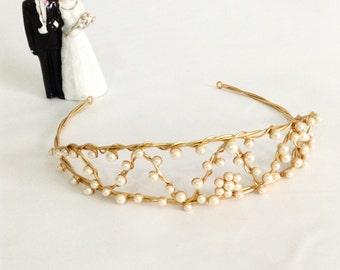 Vintage Faux Pearl Tiara, Wedding Headpiece, Bridal Crown, Vintage Bride