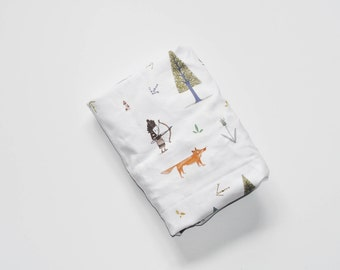 Fitted Crib Sheet in Forest Friends