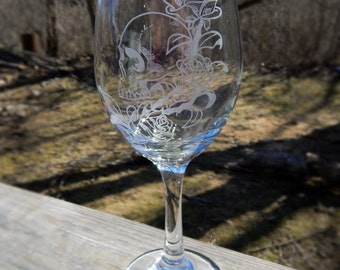 Skull and Roses Hand Etched Wine Glass