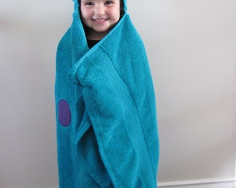 Butterfly Hooded Towel - teal colored towel with appliqued face, colorful spots.