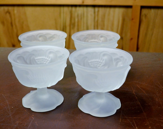 Vintage Avon Flowerfrost Glass Sherbet Glass Set of 4 Frosted Champagne Stemware Glassware Panchosporch