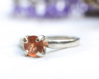 Natural Brilliant Cut Sunstone Ring in 925 Sterling Silver *Free Worldwide Shipping*