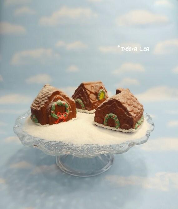 Fake Gingerbread House Mini Cakes SET B Handmade Faux Christmas  Holiday Candyland Kitchen Decor Centerpiece