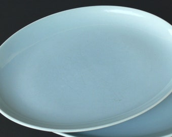 Ice Blue Oval Platter 13 inch (medium) - Russel Wright - Iroquois Casual China - Vintage