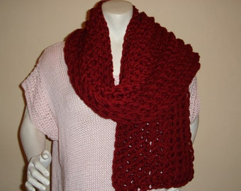 CROCHET CHUNKY CRANBERRY Red  Scarf. Acrylic Wool Blend.