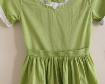 1950s Crisp Cotton Girls Spring Green Dress with Bow and Embroidered Hem/50s