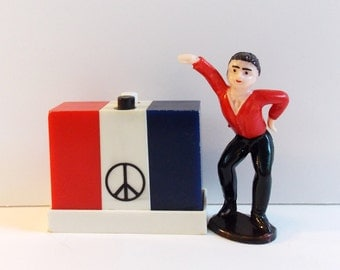 Groovy Peace Sign Salt and Pepper Shaker