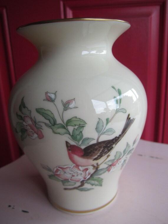 Lenox serenade bird cherry blossoms med vase - Serenade ivry ...