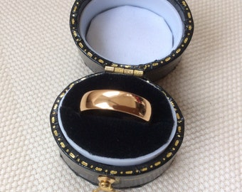 Antique 1884  22ct Gold Band 4mm wide