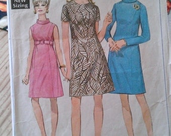 "Vintage 1960s Simplicity Sewing Pattern- Shift Dress- Size 12 Bust 34""/85 cm"