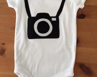 Camera onesie, photographer onesie, travel onesie, adventure onesie, travel baby shower