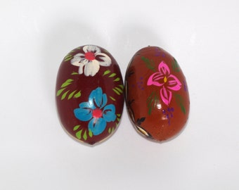 Easter Eggs / Pysanky / Vintage Hand painted decorative eggs / pysanka pisanka Set of 2 pisanki / Wood egg wooden, hand craved Polish eggs