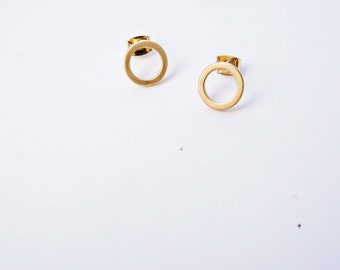 Matte Gold Circle Stud Earrings