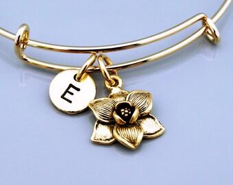 Magnolia flower bracelet, Magnolia flower charm bangle, garden charm, Magnolia flower jewelry, Charm bangle, Monogram, Initial bracelet