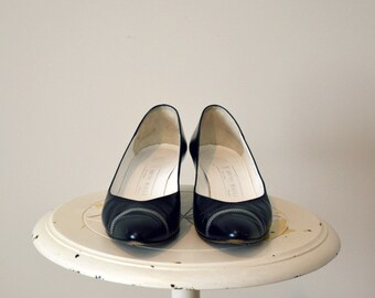 BRUNO MAGLI Vintage Black And White Leather Pumps || Made In Italy || Size 11 AA