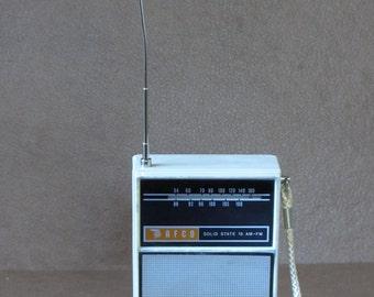 Vintage 60s AFCO Transistor Radio 12-2 AM-FM White Plastic