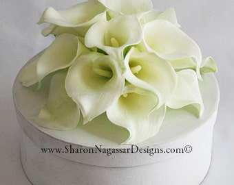 White/offwhite/ivory, calla lilies/lily, cake topper, Real Touch flowers, silk cake flowers