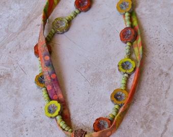 Golem batik necklace - DayLilyStudio