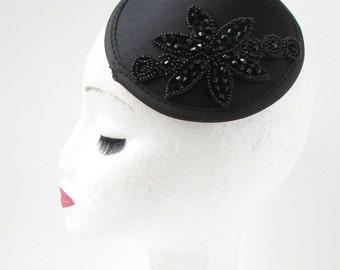 Black Beaded Fascinator Hair Clip Hat Vintage Art Deco Funeral Satin Races 4AV