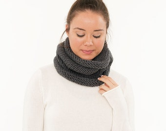 Ready To Ship! SALE - Vegan Charcoal Gray Chunky Knitted Infinity Cowl, Handmade Charcoal Crocheted Scarf, Crochet Knit Neck Warmer, Women